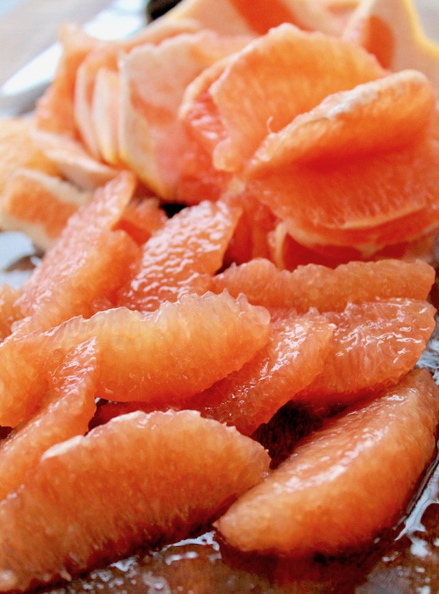 segmented grapefruit slices
