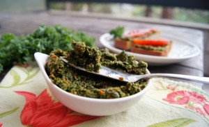 Red Pepper Kale Pesto for October #Unprocessed!