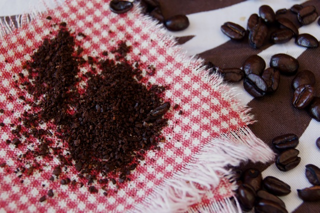 Coffee ground on red and cloth