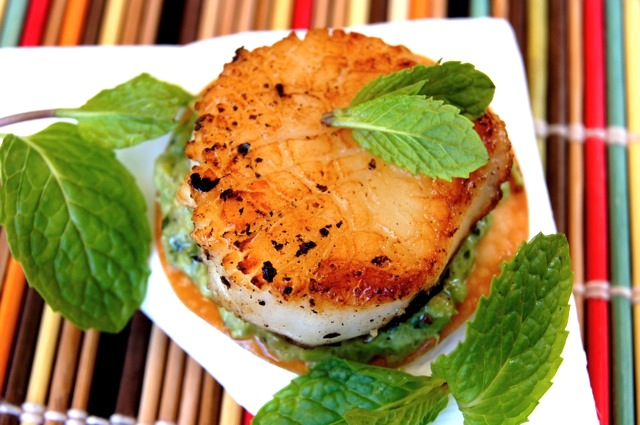 Seared Sea Scallops with Minted Peas
