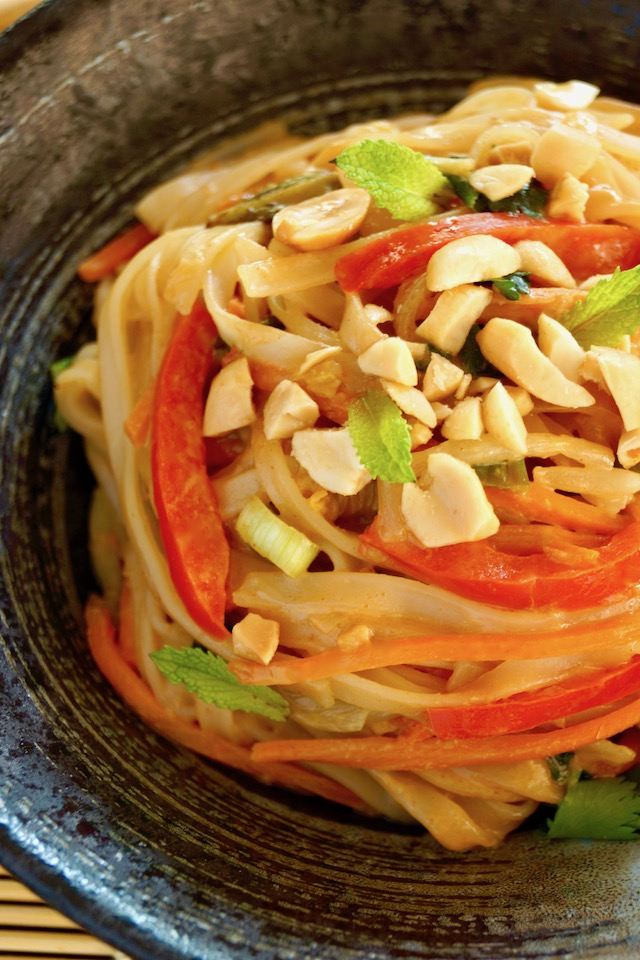 Top view of Vegetarian Pad Thai Recipe with Peanut Sauce in a black bowl