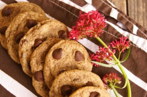Friday Flowers: Summer Lilacs and Gluten-Free Buckwheat Chocolate Chip Cookies