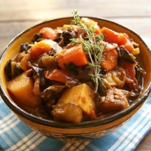 Curried Vegetarian Comfort Stew Recipe for October #Unprocessed