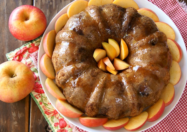 Chai Spiced Apple Cake