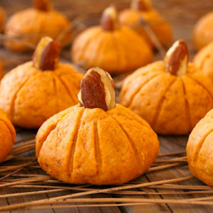 Pumpkin Almond Cookies for Halloween or Thanksgiving