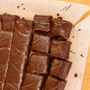 Friday Flowers: Pelargonium Sidoides and Flourless Chocolate-Espresso Caramel Brownies