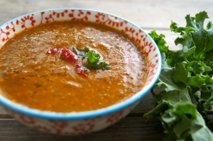 Spicy Kale and Roasted Red Pepper Soup | Cooking On The Weekends