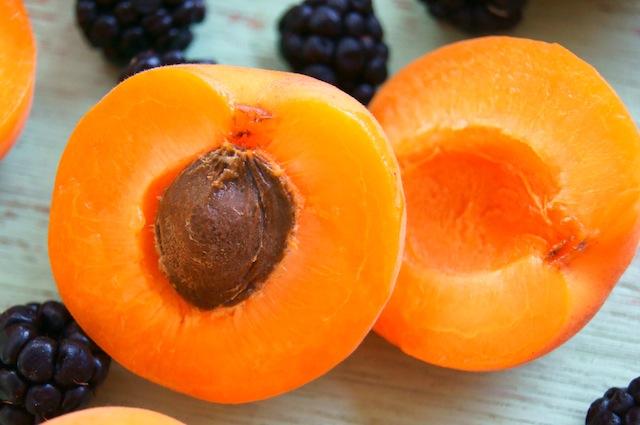 Apricots with Spiced Crème Fraîche and Blackberry Port Sauce