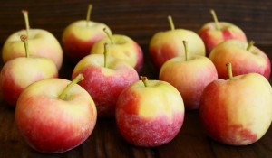 Crimson Gold Apples | Cooking On The Weekends