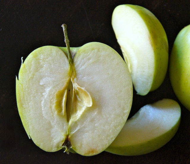Green-Apples-in-Hazenut-Honey-Roasted-Apple-Recipe