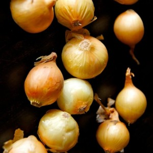 How to Easily Peel Pearl Onions