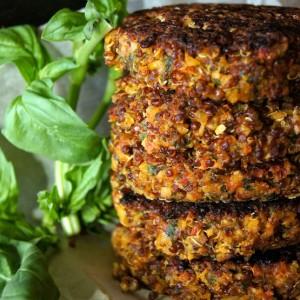 Bob's Red Mill Giveaway + Crispy Red Quinoa Almond-Tomato Burger Recipe {GIVEAWAY CLOSED}