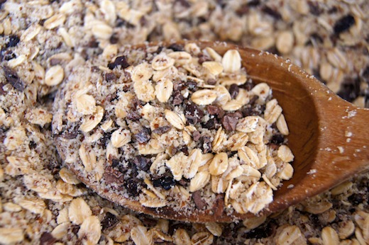 dry ingredients in a wooden spoon for hazelnut granola bars