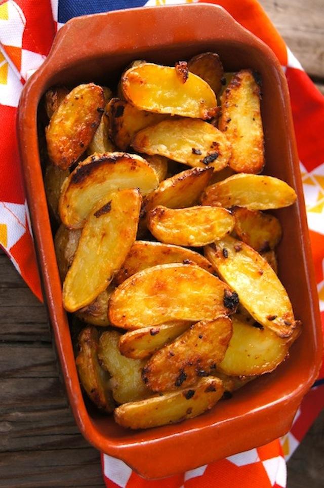Garlic-Onion Crispy Potatoes Recipe