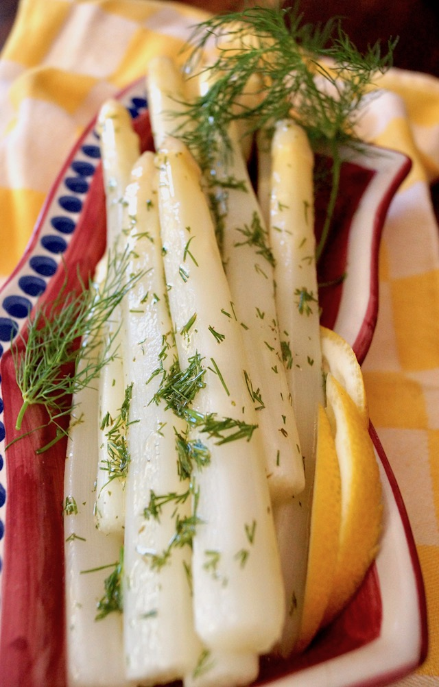 Lemon Dill White Asparagus in red narrow dish