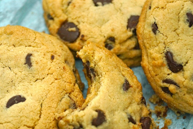 Super Chewy Chocolate Chip Cookie