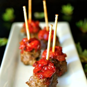 Smoky Strawberry-Chipotle Compote Bacon-Meatballs - AMAZING!