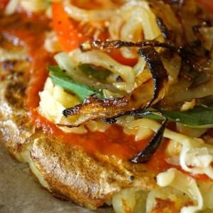 Caramelized Onion-Tomato Smashed Potato Pizza| cookingontheweekends.com
