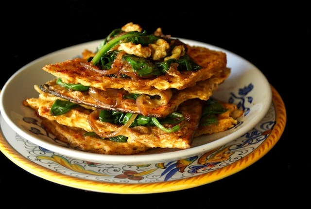 Matzo Brei a la florentine-green-yellow | cookingontheweekends.com