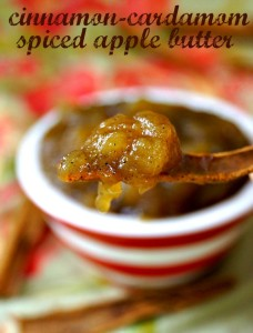 Cinnamon-Cardamom Apple Butter Recipe - Cinnamon-Cardamom Spiced Apple Butter is as buttery as can be with no butter! With the fall flavors throughout, it's rich, creamy, smooth and oh-so-delicious!