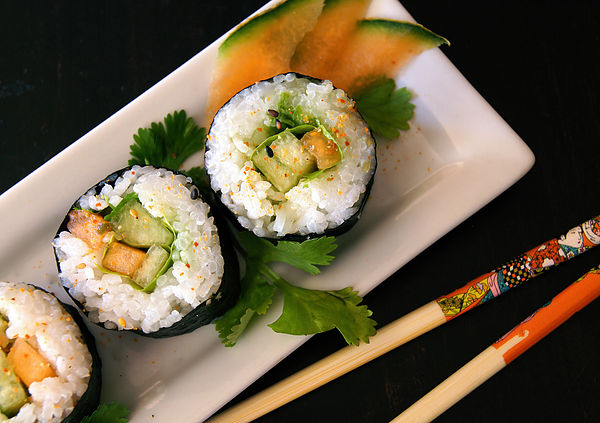 "Summer Melon Recipes -- Golden and Summer Kiss ""Sushi"" Rolls"