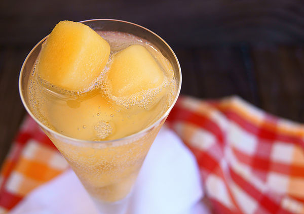Sugar Kiss Melon Lemonade Ice Cubes