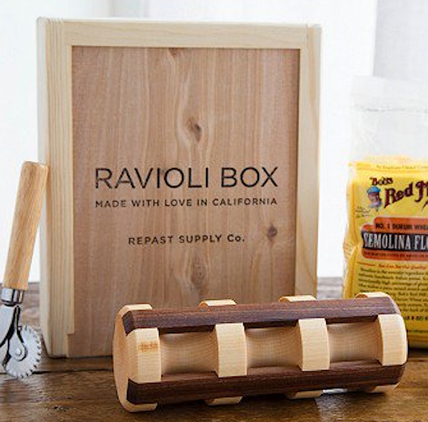 Wooden Ravioli Box with rolling pin
