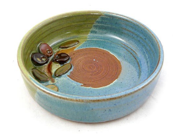ceramic blue and green garlic grater dish
