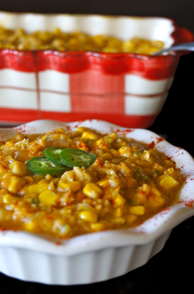 Vegan Jalapeno Creamed Corn Recipe -- This is possibly the most comforting and delicious corn side dish ever -- it's sweet, slightly spicy, and it's as creamy as can be without any cream!