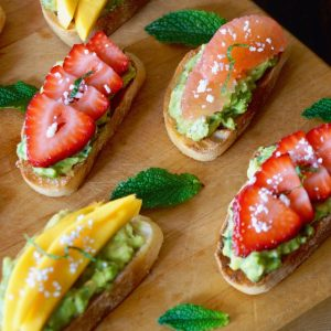 Avocado Toast Recipes with Mint and Fruit