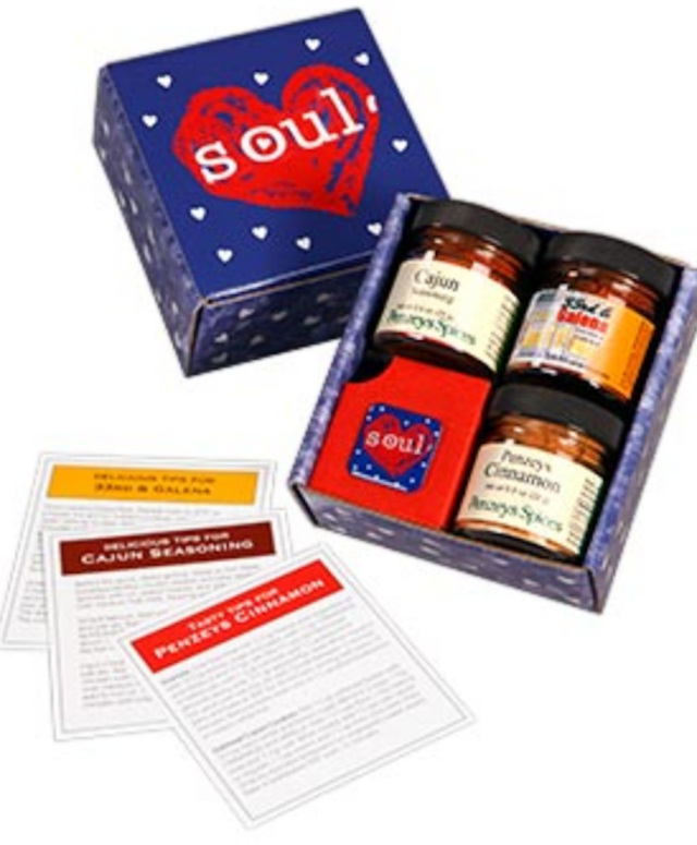 Mini Soul Box from Penzys - three different spice jars and booklet